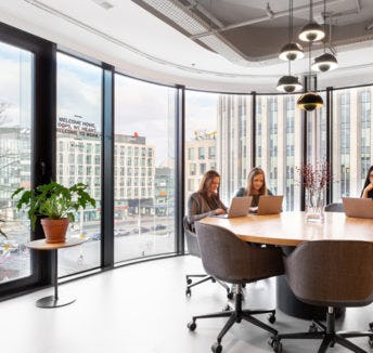 When it comes to meetings, location is everything.