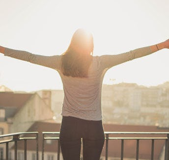 Embrace the power of now: stop worrying, start living in the present
