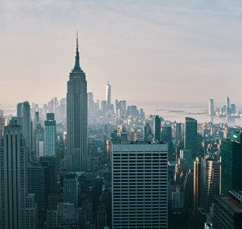 IWG expands its network with launch of luxurious new workspace: Signature Manhattan